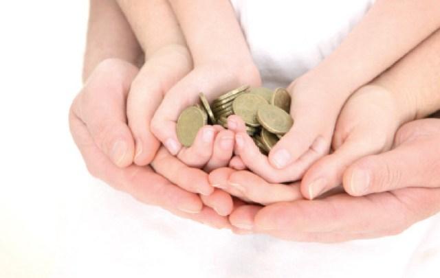 Photo of أساليب تشجع الطفل على توفير المال