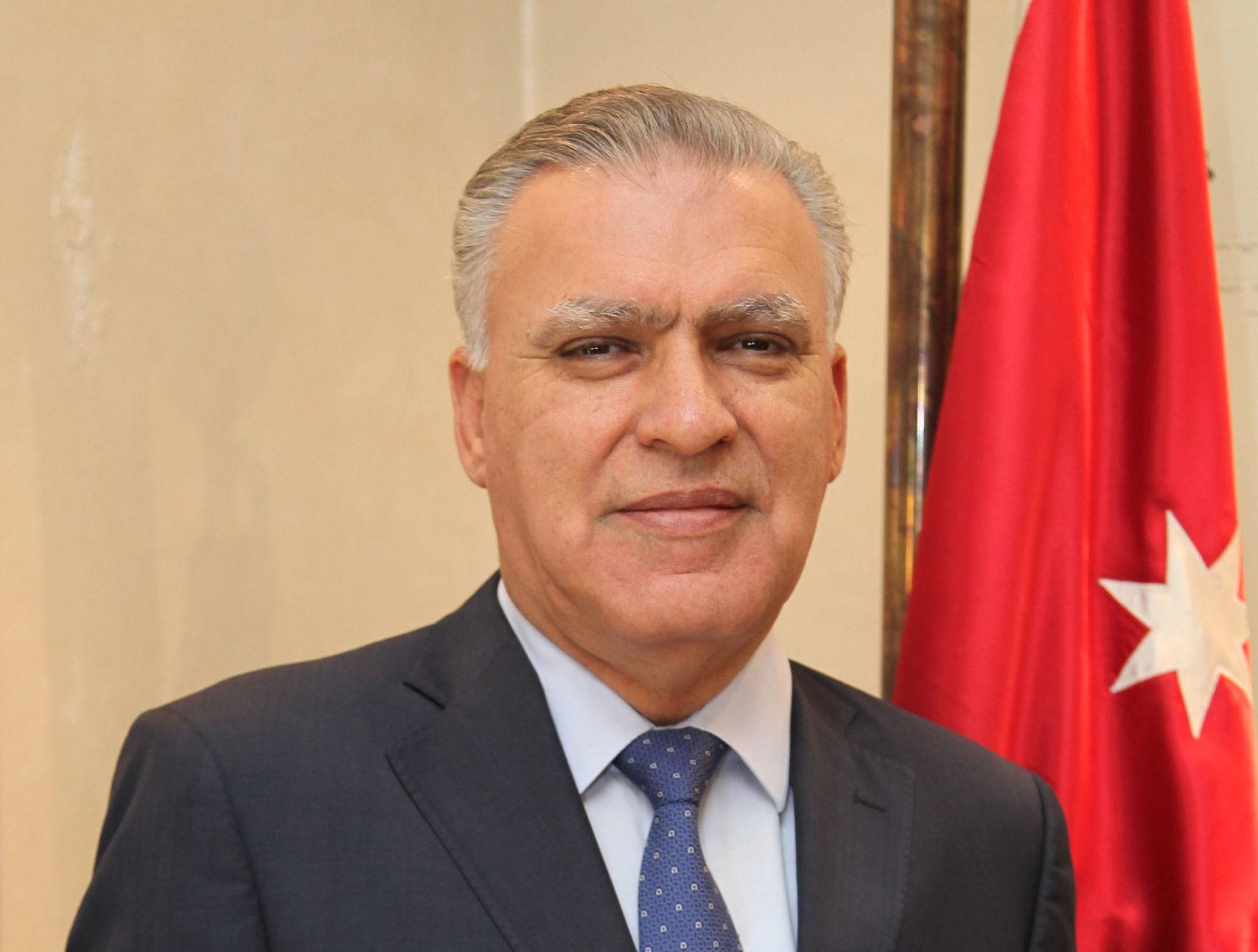 الوزير السابق طاهر الشخشير