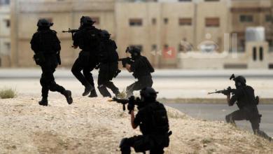 Photo of قوة أمنية متخصصة تضبط مطلوبا خطيرا جدا في المفرق