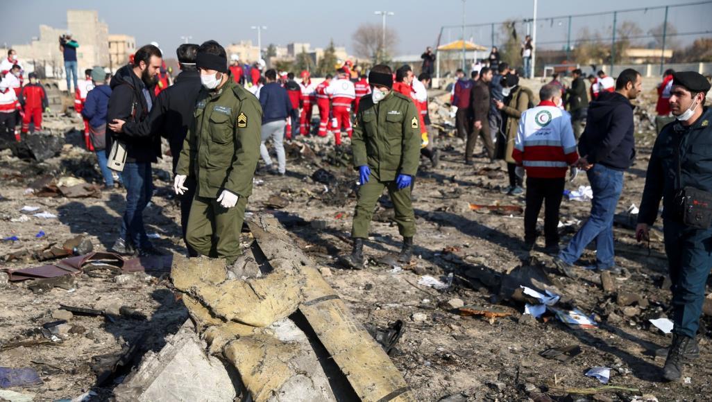 جانب من حطام الطائرة الاوكرانية