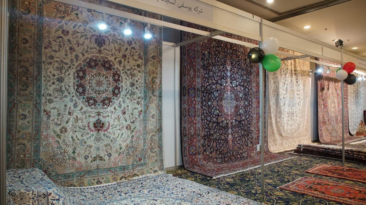 معرض الصناعات التقليدية الايرانية يواصل فعالياته