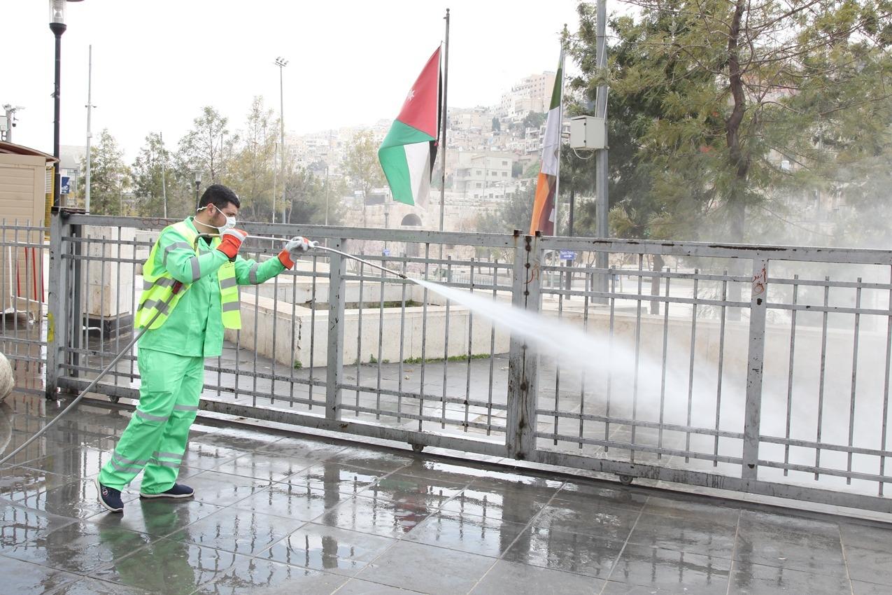 توصيات من منظمة الصحة العالمية بعدم رش المطهرات في الشوارع
