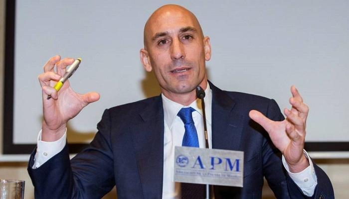 رئيس الاتحاد الإسباني لكرة القدم لويس روبيالس