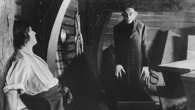 """""""نوسفيراتو"""" نسخة 1922 من دراكولا"""