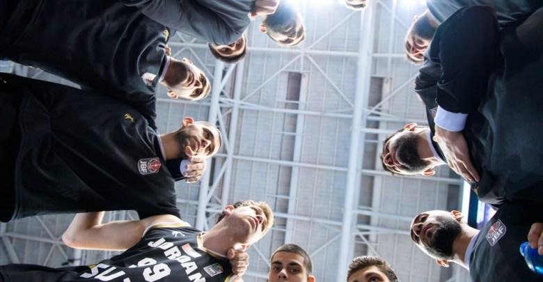 "Photo of ""فيبا"" يُعدل موعد كأس آسيا 2021 لكرة السلة"