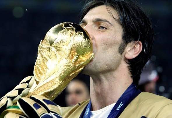 Photo of كاسانو: بوفون يريد خوض مونديال قطر 2022 مع ايطاليا