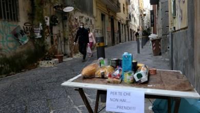 """Photo of """"الفقراء الجدد"""" جراء ازمة كوفيد-19 في إيطاليا"""