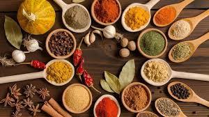 إضافة ملعقة صغيرة من مزيج التوابل إلى وصفة الطعام، فوائد مضادة للالتهابات