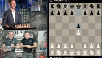 Photo of رائدا فضاء روسيان في المحطة الدولية يتعادلان مع بطل شطرنج على الأرض(فيديو)