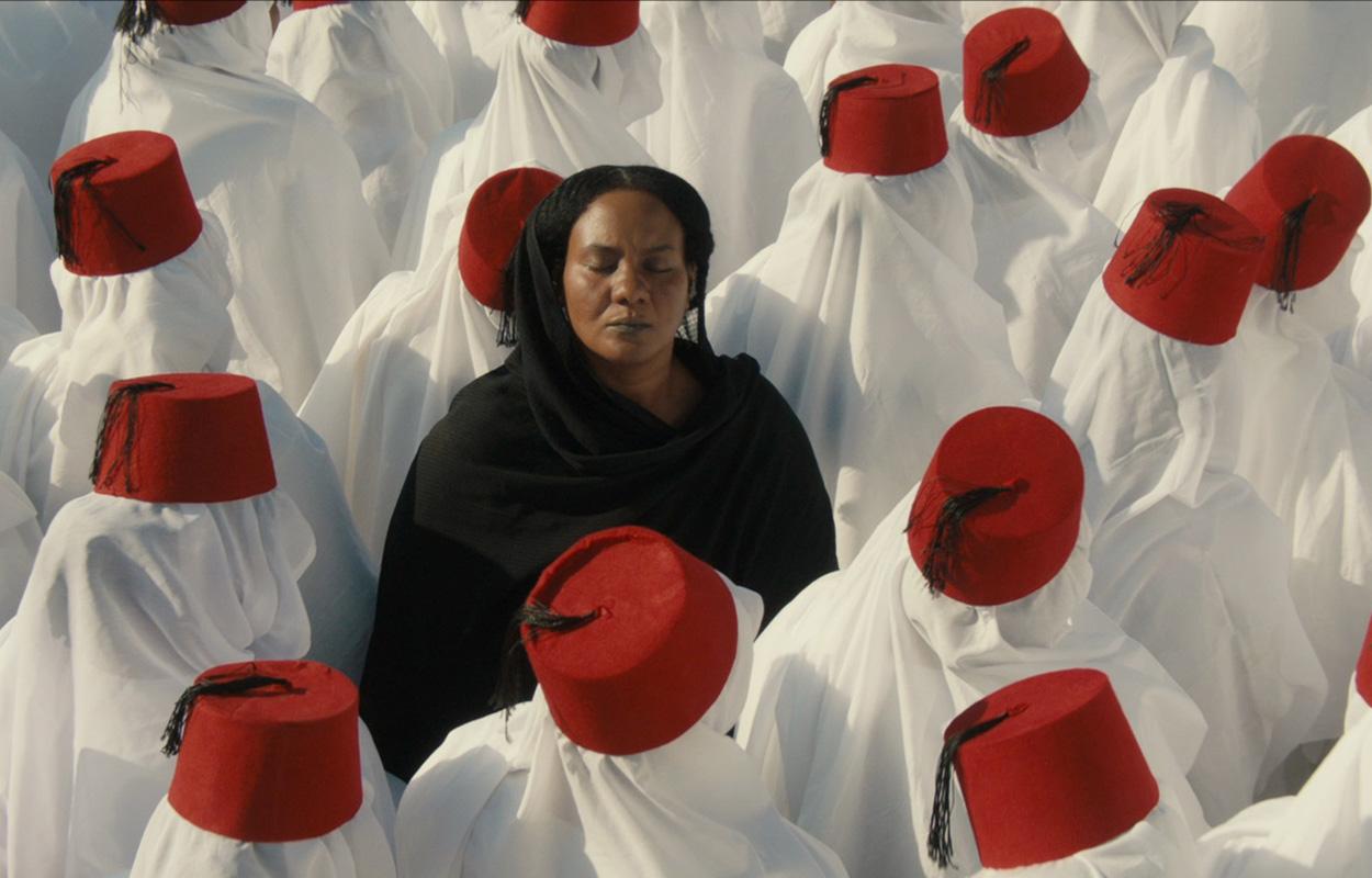 """مشهد من الفيلم السوداني"""" ستموت في العشرين"""" للمخرج أمجد أبو العلا"""