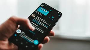 خاصية جديدة من تويتر للحد من انتشار معلومات مضللة