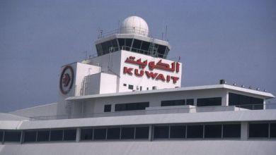 "Photo of الكويت تحظر رحلات الطيران التجاري من 31 دولة ""عالية الخطورة"""