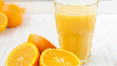 Photo of ماذا يحدث لجسمك عند شرب عصير البرتقال بانتظام؟