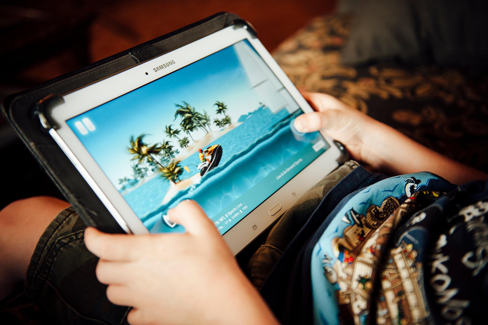 تطبيقات اللعب وخصوصية الطفل