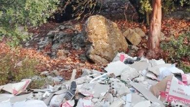 Photo of جرش: أشخاص يستغلون الحظر ويلقون أطنانا من المخلفات في الغابات