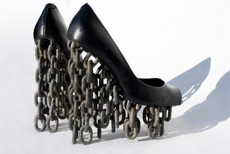 zapatos extraños