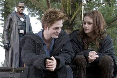 ¿Qué pasaría sí…? Blade se encontrara con Edward de Twilight