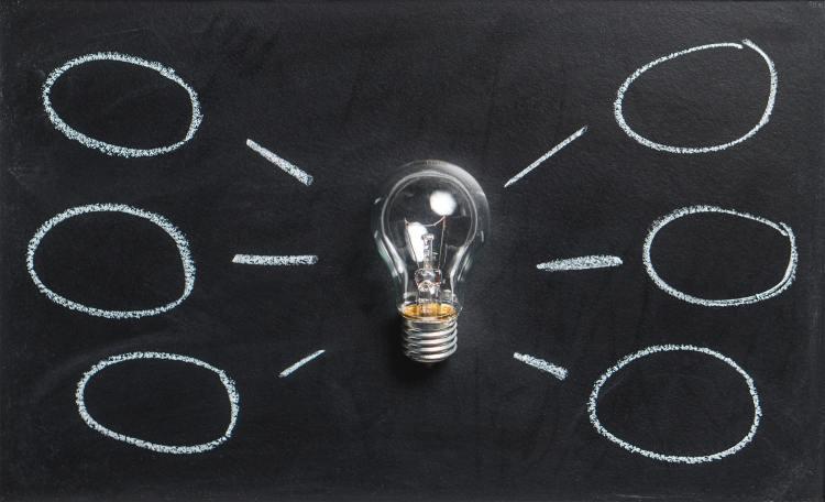 light bulb with six ideas