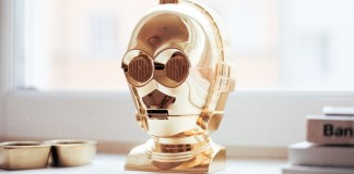 9 in 10 Don't Mine Managing AI Robots Colleagues