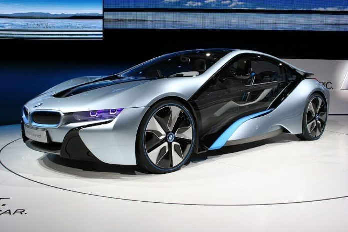 BMW's Autonomous i8 Self Driving Concept Car