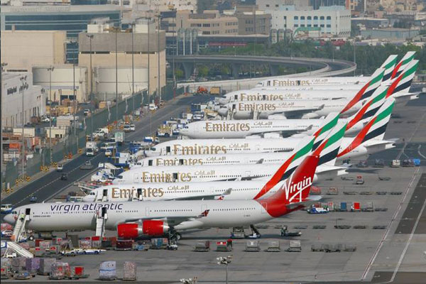 مطار دبي الامارات