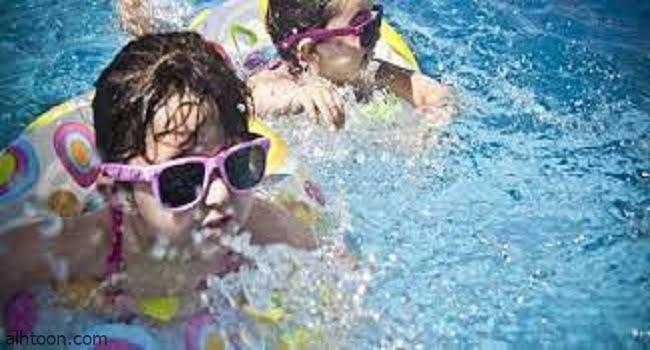 أهمية ممارسة السباحة للأطفال -صحيفة هتون الدولية