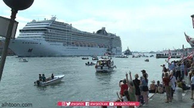 شاهد: أول مظاهرة بالقوارب بالبندقية - صحيفة هتون الدولية
