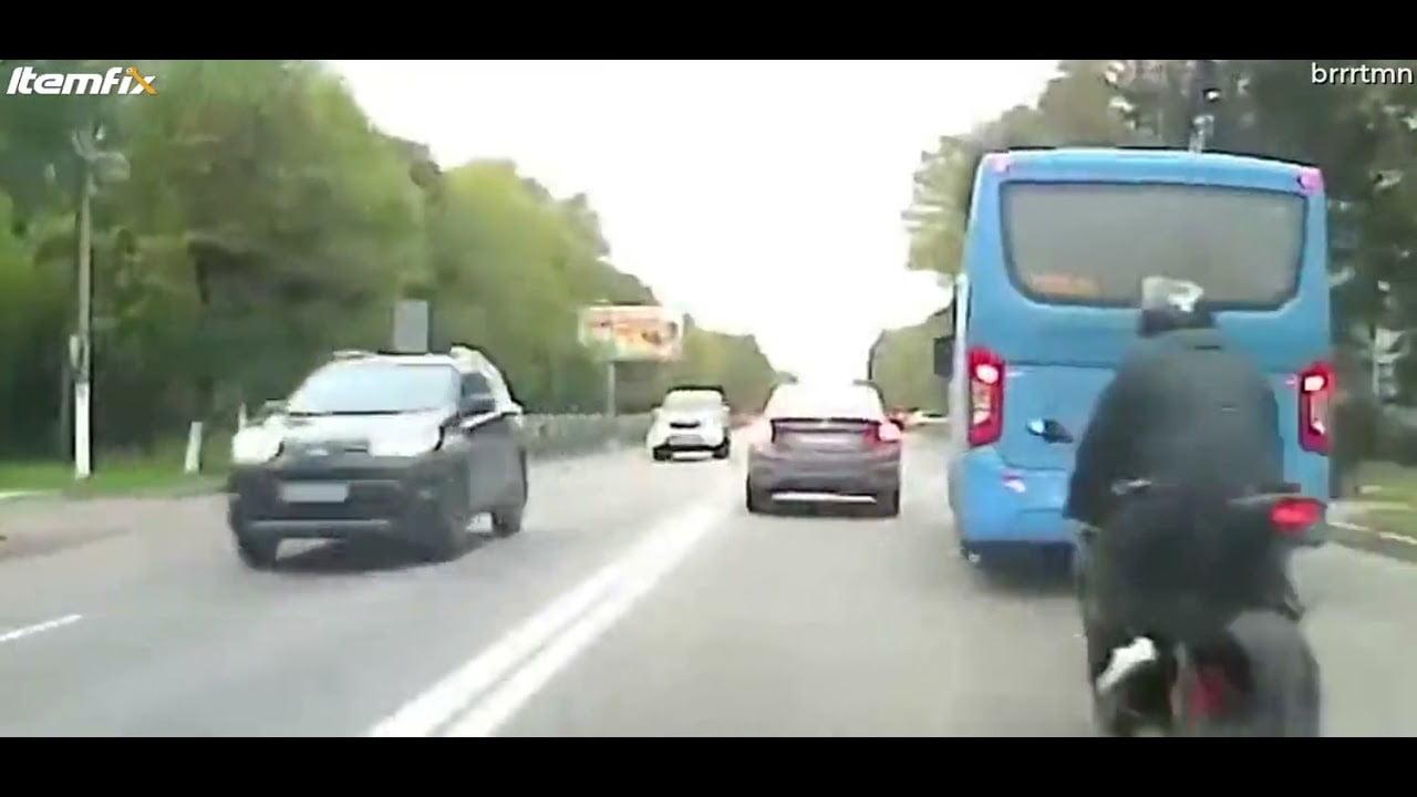 """شاهد: حادث مروع لـ""""دراجة نارية"""" - صحيفة هتون الدولية"""