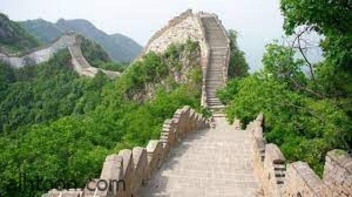 """""""سور الصين العظيم"""".. أضخم حصن عسكري في تاريخ البشرية -صحيفة هتون الدولية-"""