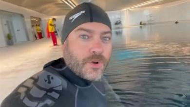 فيديو: عمرو يوسف يستعد للغوص في أعمق حمام سباحة في العالم