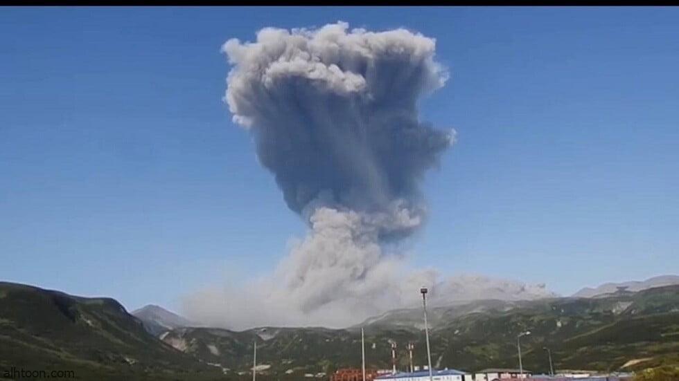 شاهد: لحظة ثوران بركان ايبيكو - صحيفة هتون الدولية