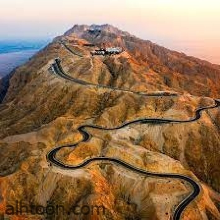 """جبل """"حفيت"""" .. قيادة مليئة بالمغامرات وحب الطبيعة -صحيفة هتون الدولية"""