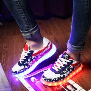 Size-35-46-Hot-8-Color-LED-Luminous-Shoes-Men-Women-Fashion-Casual-Yeezy-Lighted-Glowing2