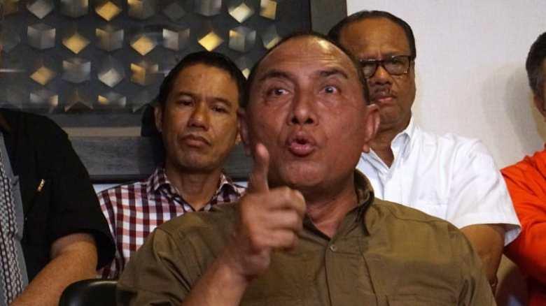 LIPSUS, SUPORTER, Ketua Umum PSSI Edy Rahmayadi