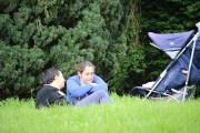 couple-poussette