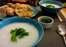Comfort food = dumplings from a nearby Chinese supermarket, green onion pancakes and congee (I chopped the green onion too coarsely).