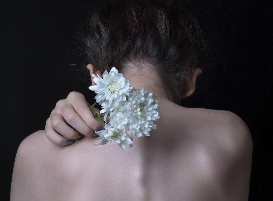 alice et & shiva tensions musculaires douleurs solutions naturelles remedes doux conseils astuces soulager stress anxiete fatigue nuque dos epaules bras mal
