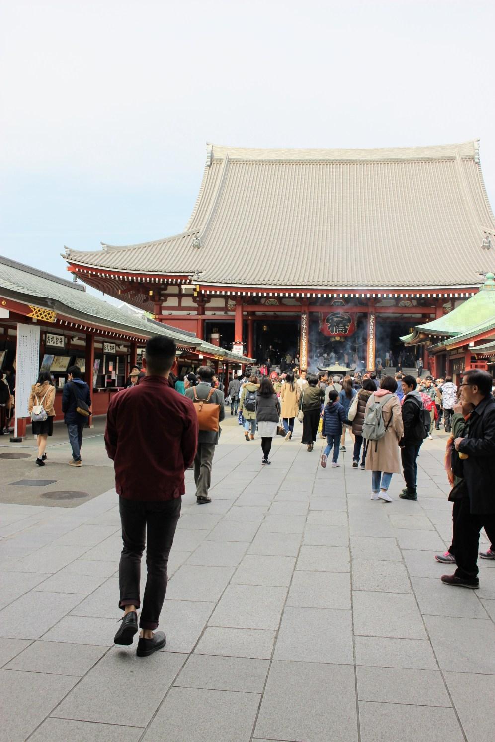senso-ji stepping