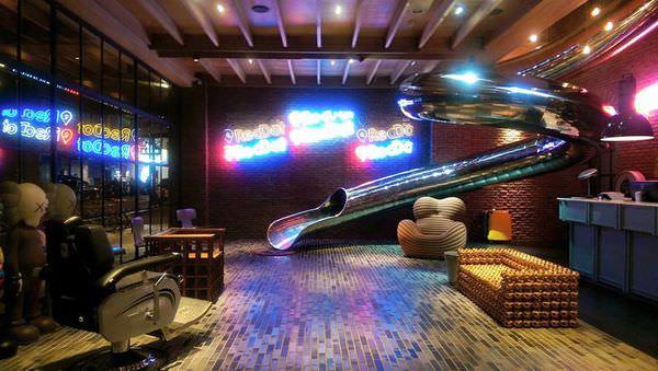 [遊記-台中] |住宿| 地表上最潮的旅店-紅點文旅
