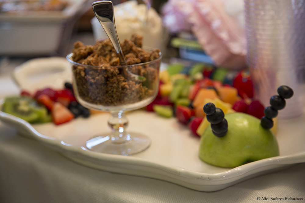 Photographing a Baby Shower (5/6)