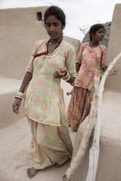 thar-desert-sisters