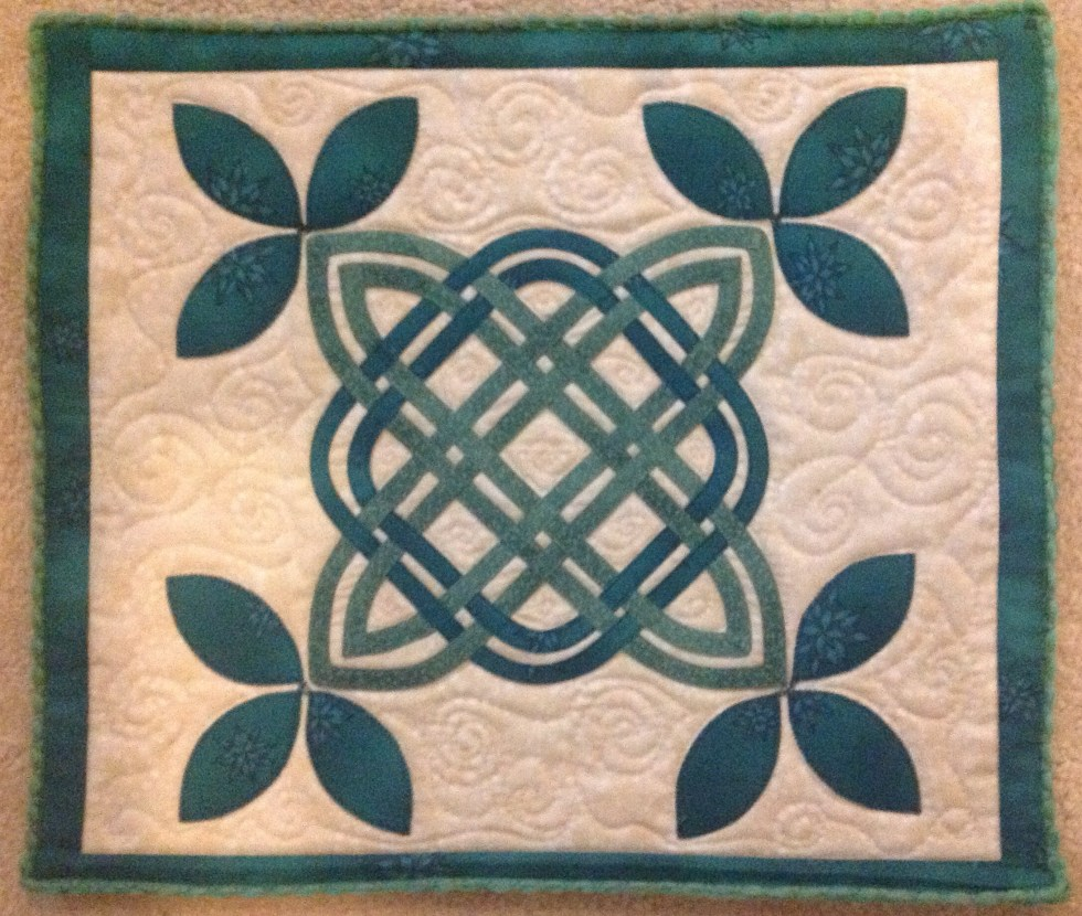 Celtic Knotwork Leaves, quilted