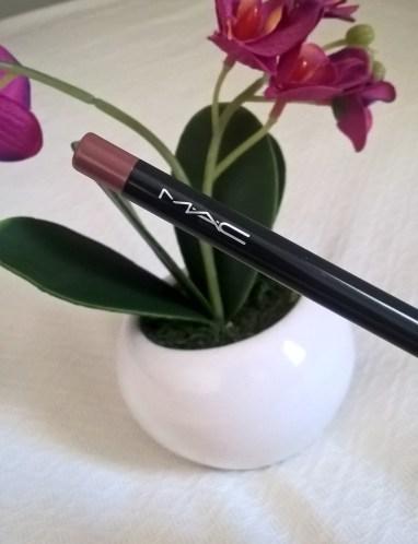 MAC 'Beurre' (Cremestick Lip Pencil)