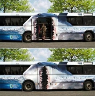 bus-requin-guerilla-street-marketing-blog