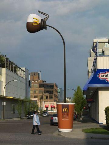 mcdonald-cafe
