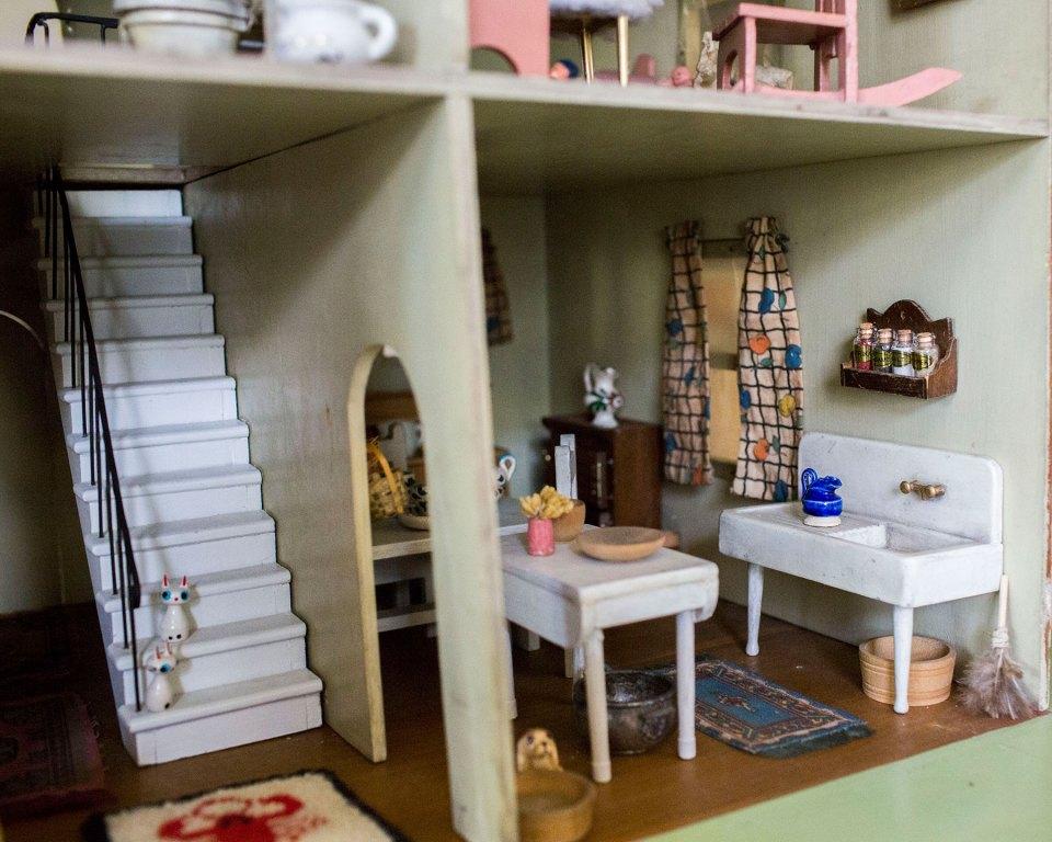 Antique Handmade Dollhouse Farmhouse Sink