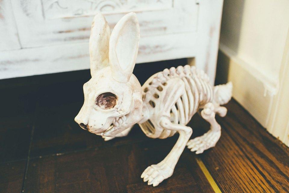 Skeleton Rabbit Hallowen Decoration
