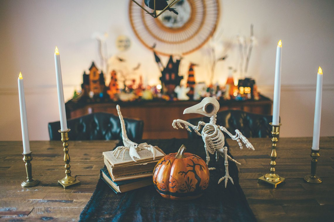 Vintage Halloween Table Decor