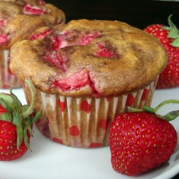 strawberry-yogurt-muffins