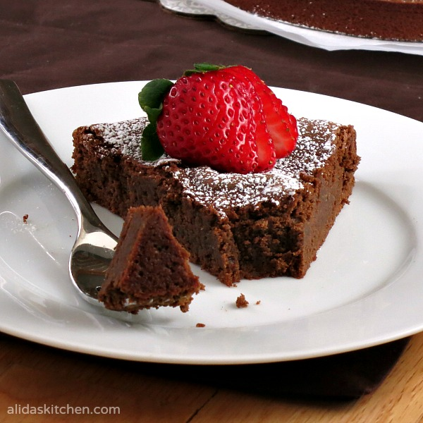 Chocolate Chickpea Cake | alidaskitchen.com #recipes #EatAtoZChallenge #glutenfree